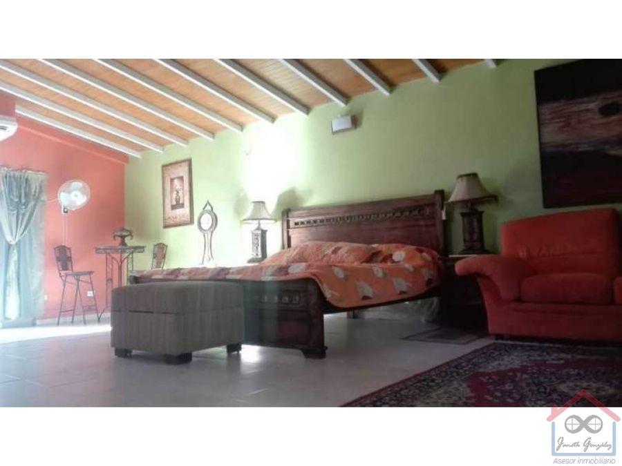en venta espectacular casa en el manzano
