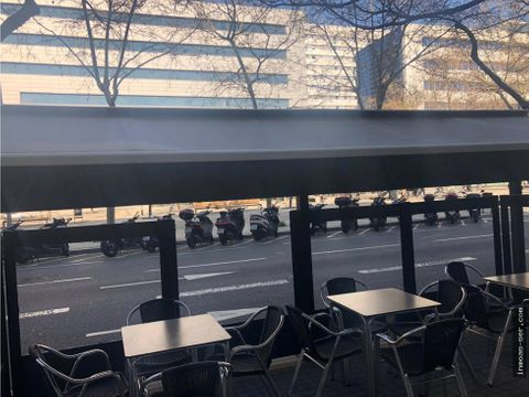 traspaso bar c2 en 22 at con terraza y salida de humos