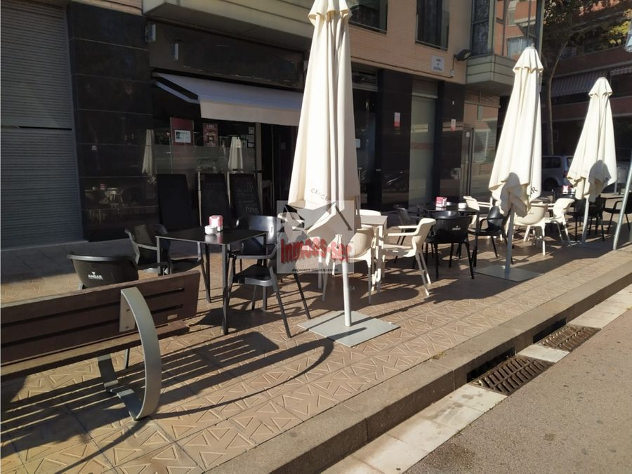 bar restaurante c 2 con terraza en traspaso en el clot barcelona