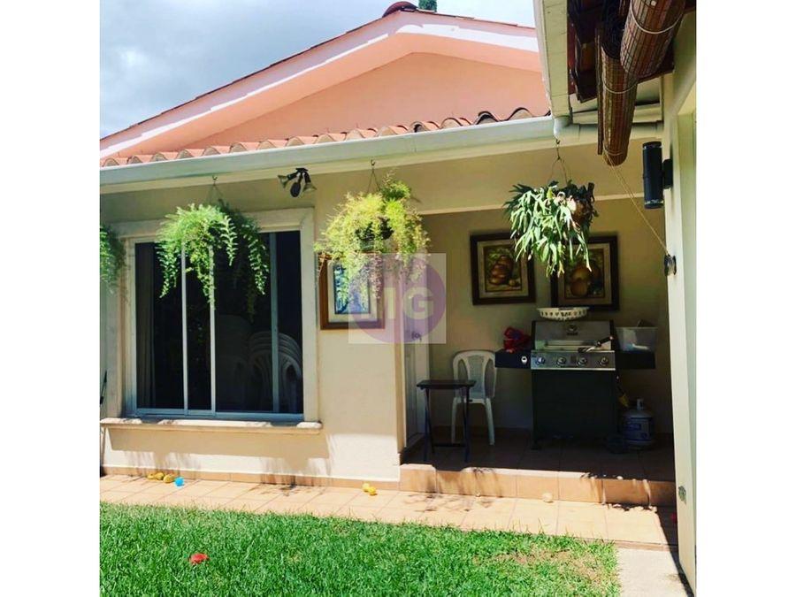casa en residencial la hacienda