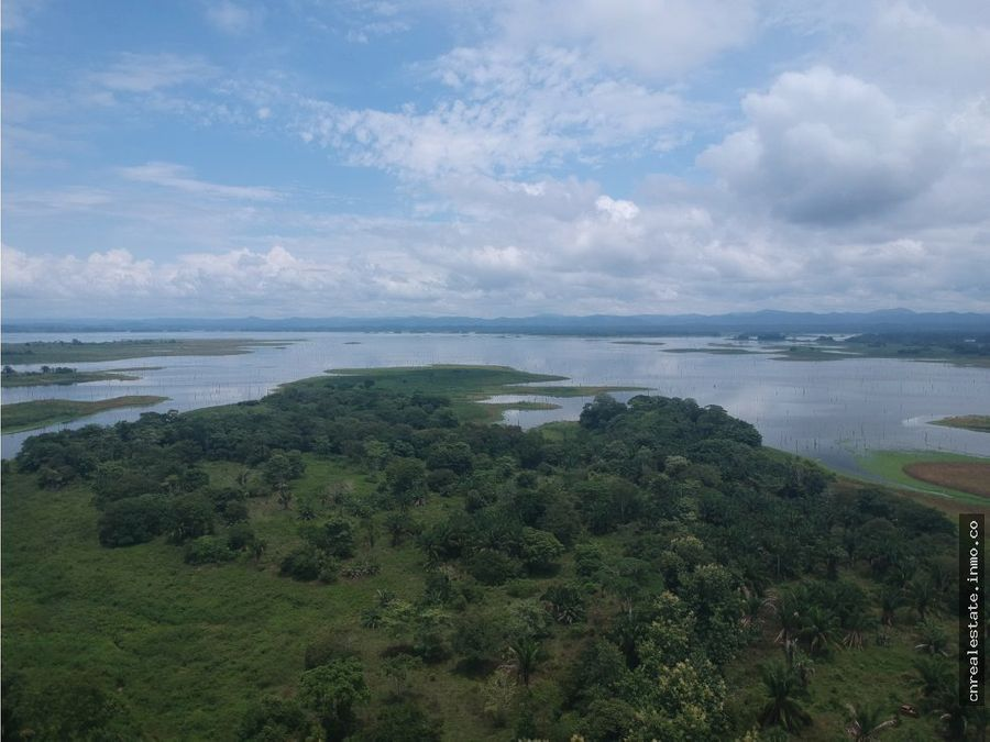terreno lago bayano