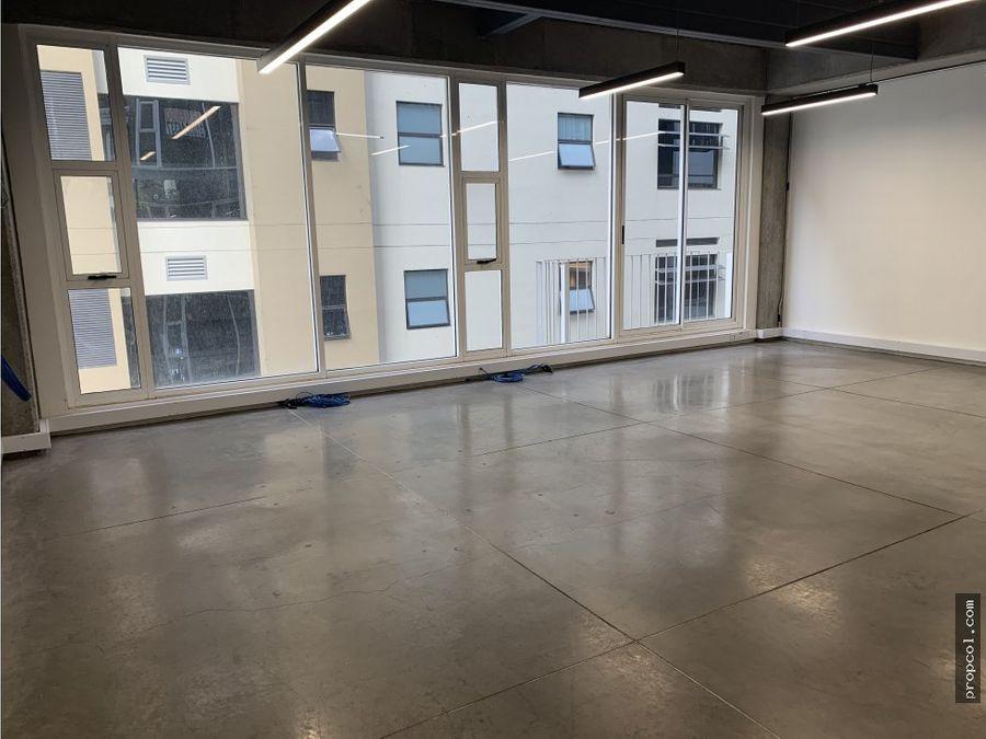 se arrienda oficina en chico 58 m2 bogota