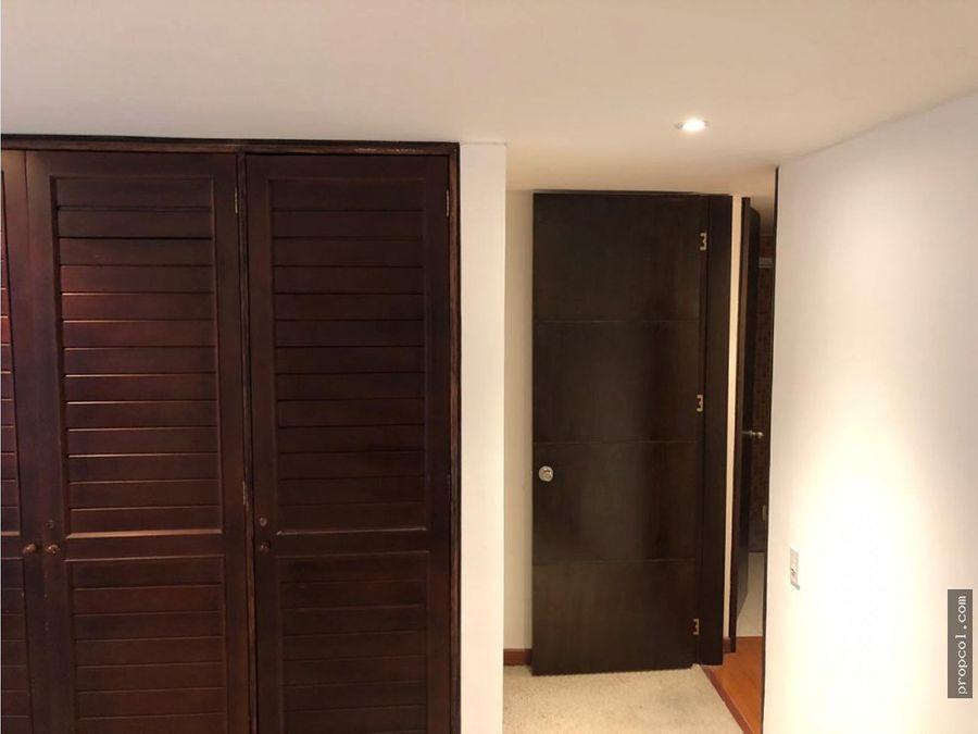 se vende apartamento en san patricio bogota