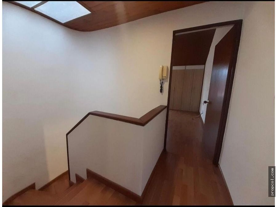vendo casa remodelada portales del norte