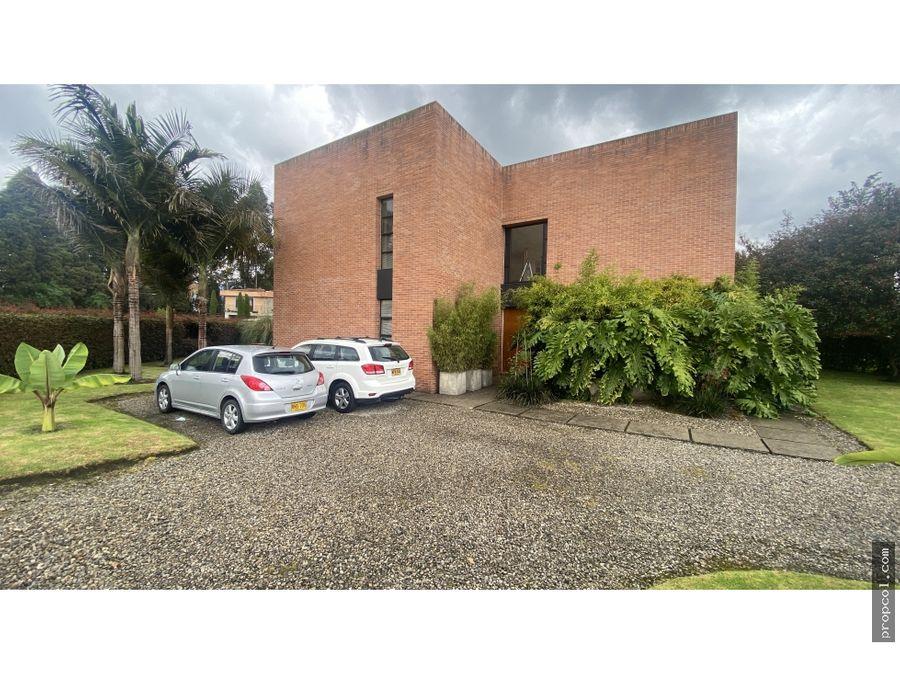 se vende casa guaymaral san sebastian