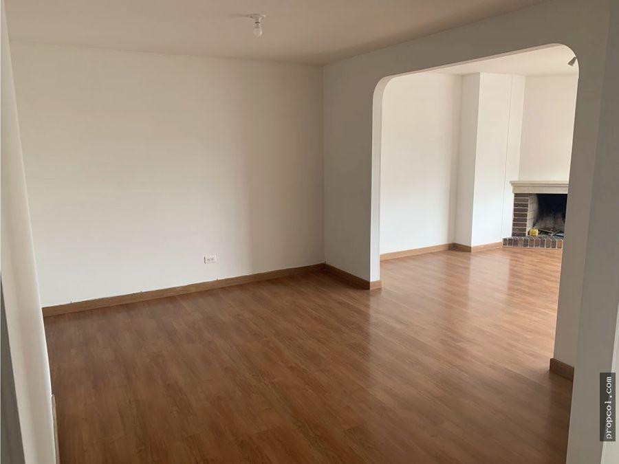 se arrienda apartamento en santa barbara bogota