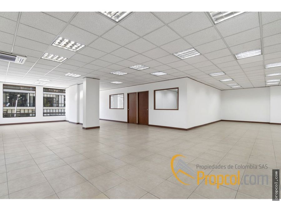 se vende oficina calle 90 1079 metros bogota
