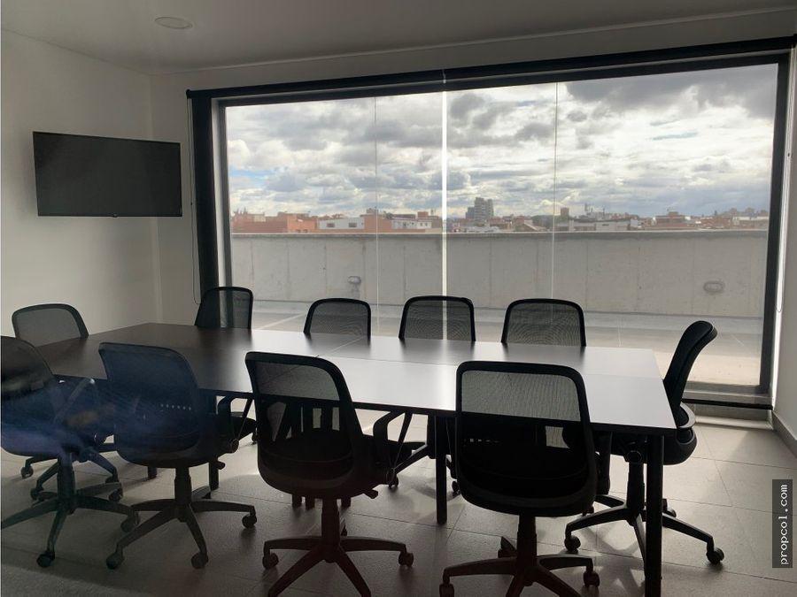 vendo oficina de 61 metros en santa barbara bogota