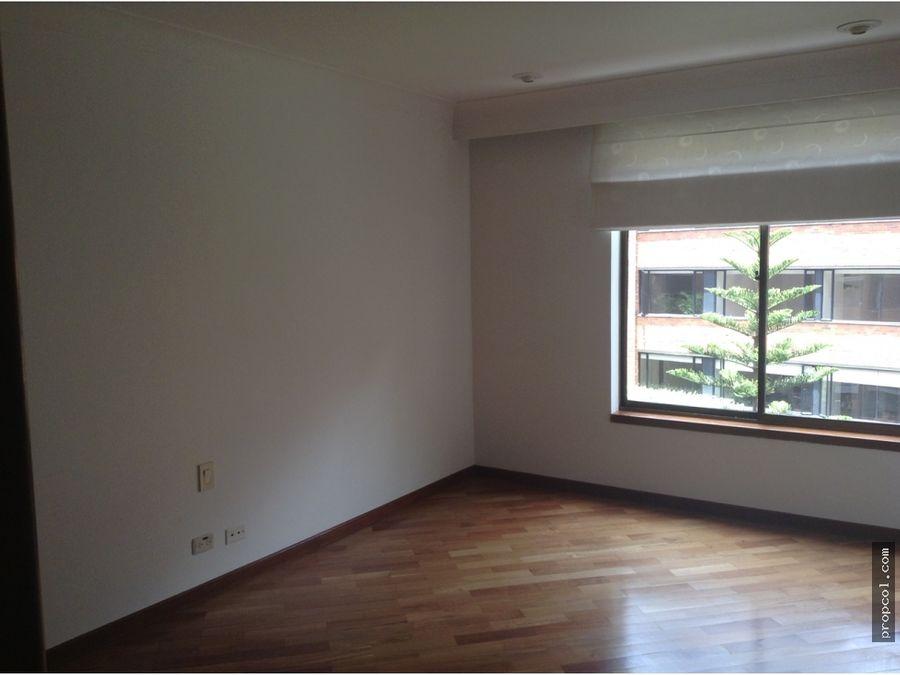 se arrienda apartamento en rosales bogota