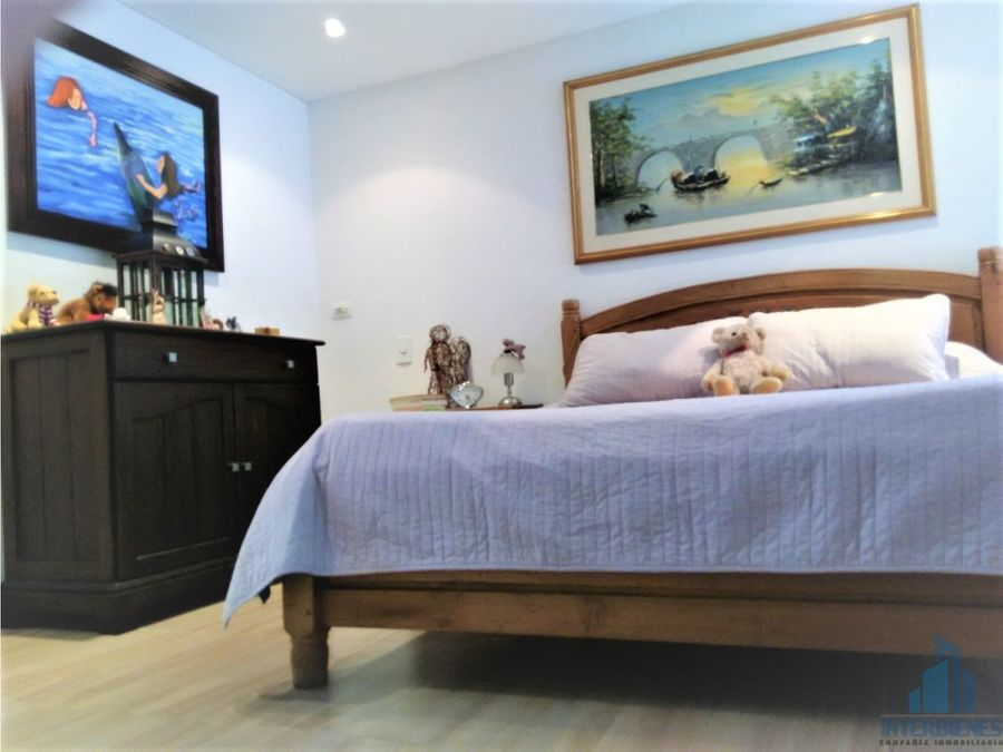 casa en venta en san lucas en medellin