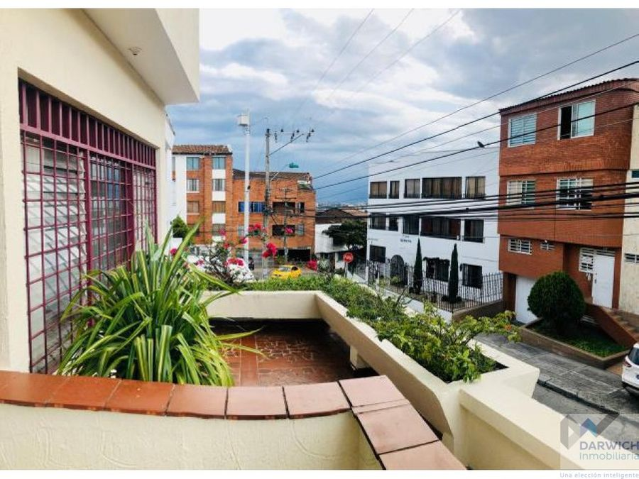 amplio apartamento de 237m2 en miraflores cali