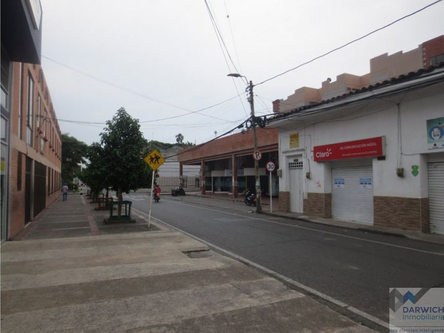 local centro de palmira 130m2 en via principal