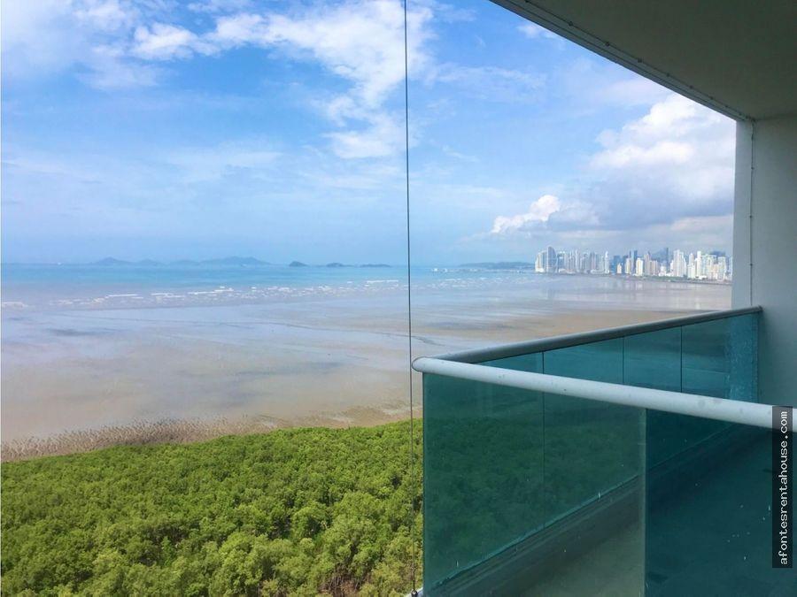 amplio apartamento en venta en costa del este