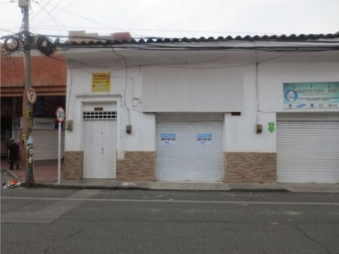local centro de palmira 120 m2 en via principal