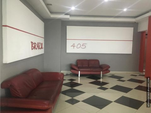 amplia oficina en alquiler en via brasil
