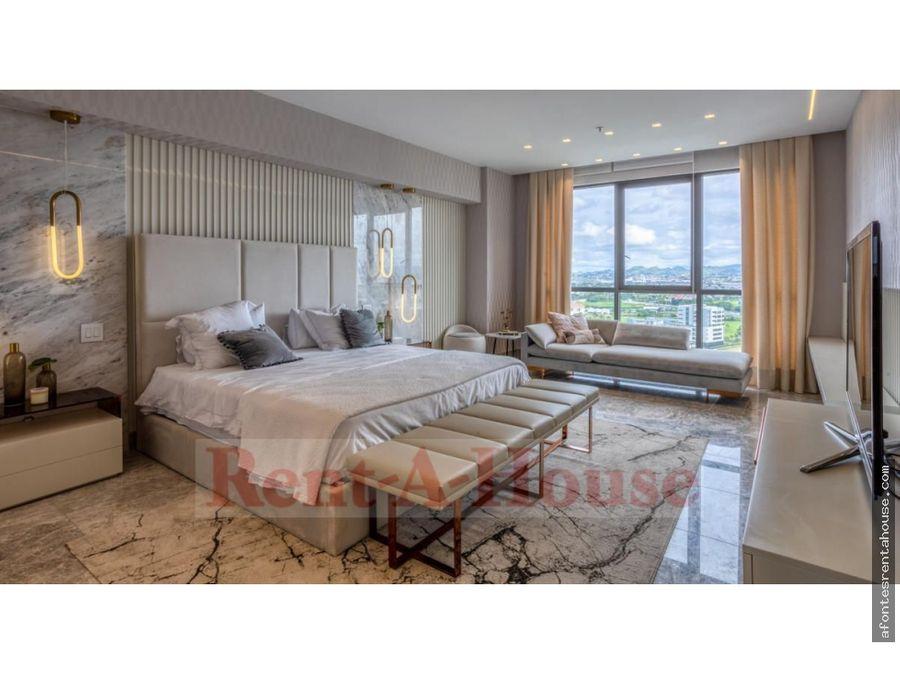 bello apartamento en venta en santa maria