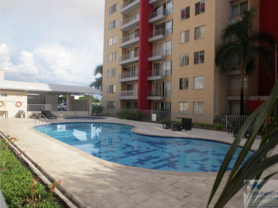 alquilo apartamento en el cr frayle palmira
