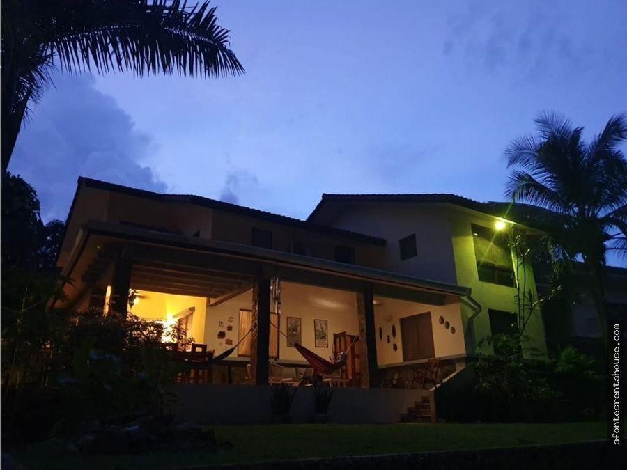 hermosa casa en venta en el dorado