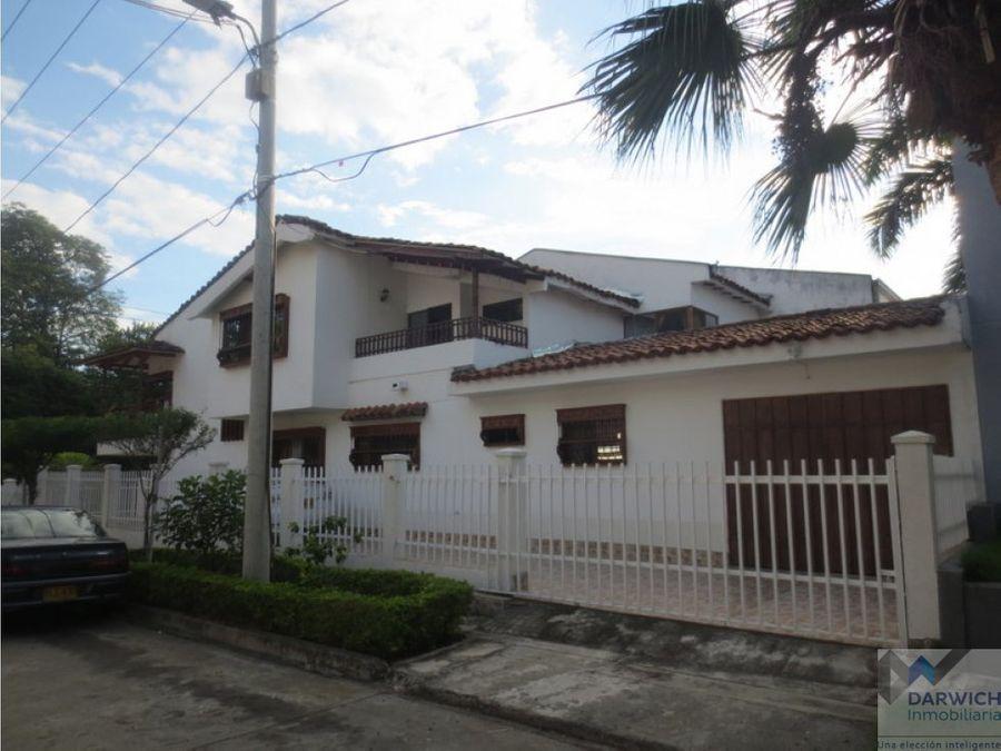 vendo hermosa casa en mirrinao palmira