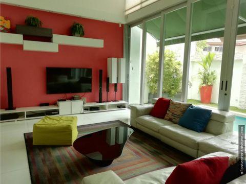 moderna casa en venta en altos del golf