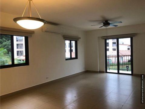 iluminado apartamento en alquiler en albrook