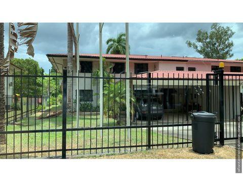 hermosa casa en venta en clayton af 202645