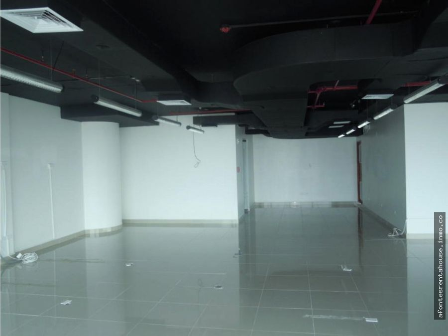 espaciosa oficina alquiler punta pacifica af20504