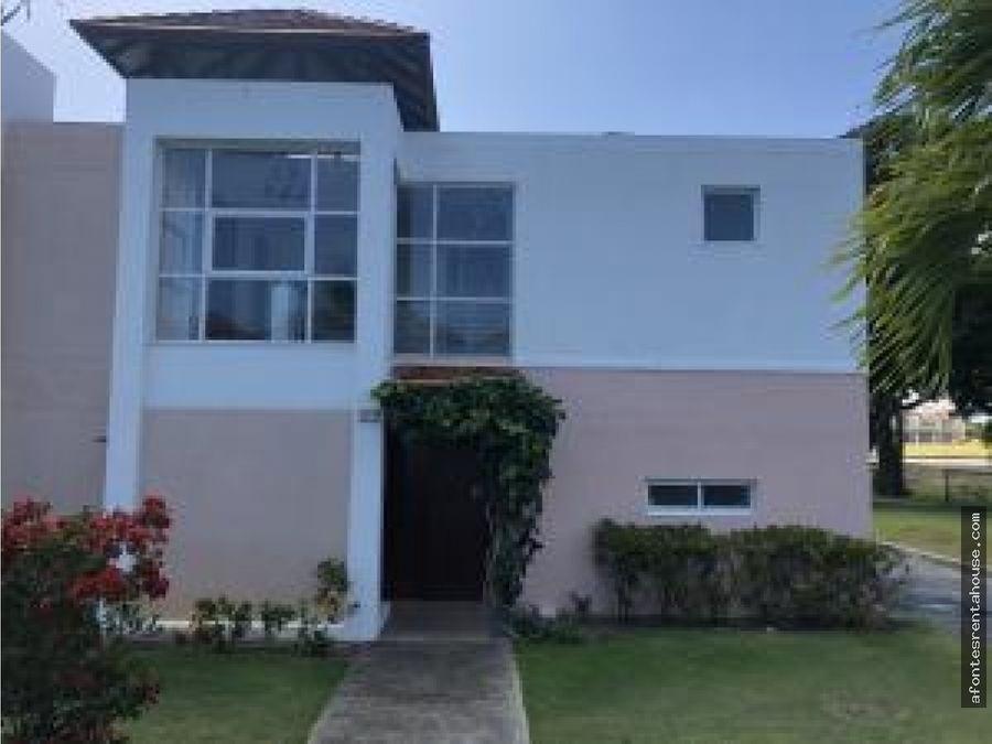 hermosa casa en venta en playa blanca