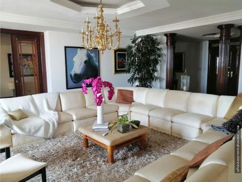 increible apartamento en alquiler en la cresta