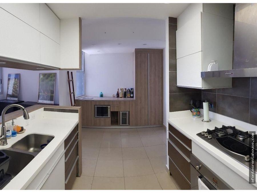 moderno apartamento en venta en costa del este