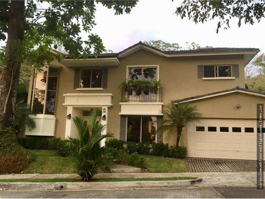 19 3403 af hermosa casa en venta en clayton