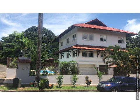 20 2841 af espectacular casa en venta en albrook