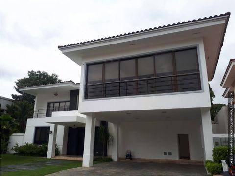 20 2399 af hermosa casa en venta en costa del este