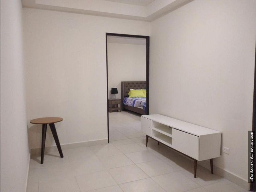 comodo apartamento en alquiler en albrook