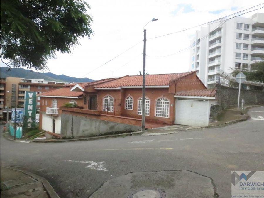 vendo casa en el barrio santa teresita cali
