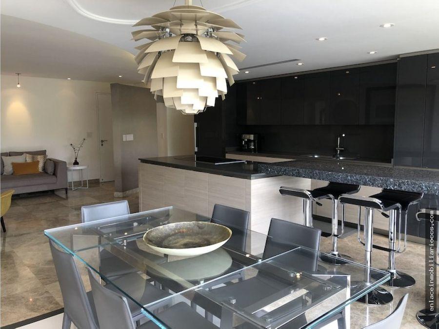 espectacular apartamento con terraza y vista