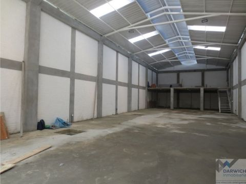 bodega de 310 m2 cerca al centro de palmira