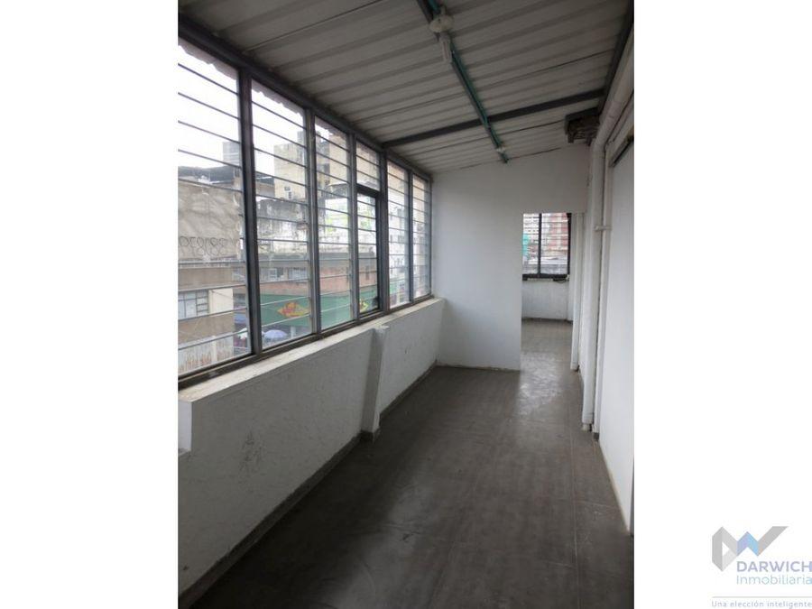 alquilo oficina de 90m2 en el centro de cali