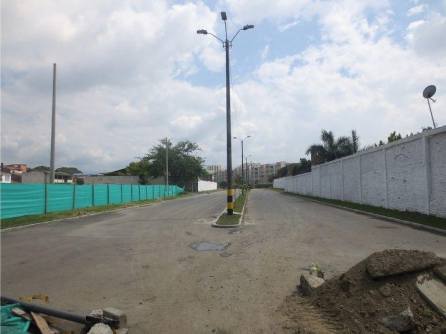 alquilo bodega con area de 491 m2 en palmira