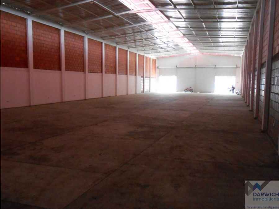 vendo bodega de 660 m2 en zona comercial de palmira