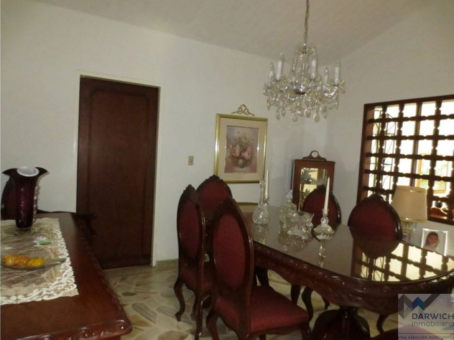 vendo casa en las mercedes palmira 346 m2