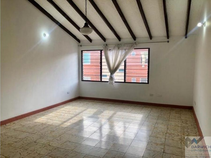 apartamento amplio de 182 m2 en miraflores cali