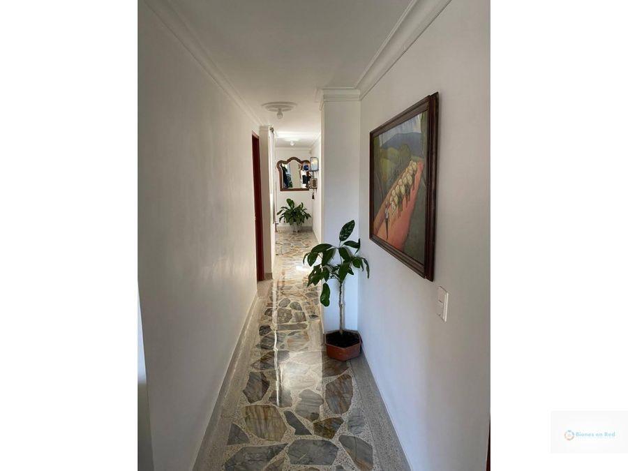 venta de apartamento en primer parque de laureles medellin
