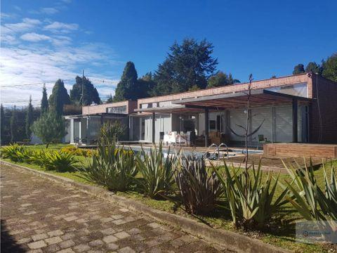 venta casa campestre con lote de 1900 m2 las palmas