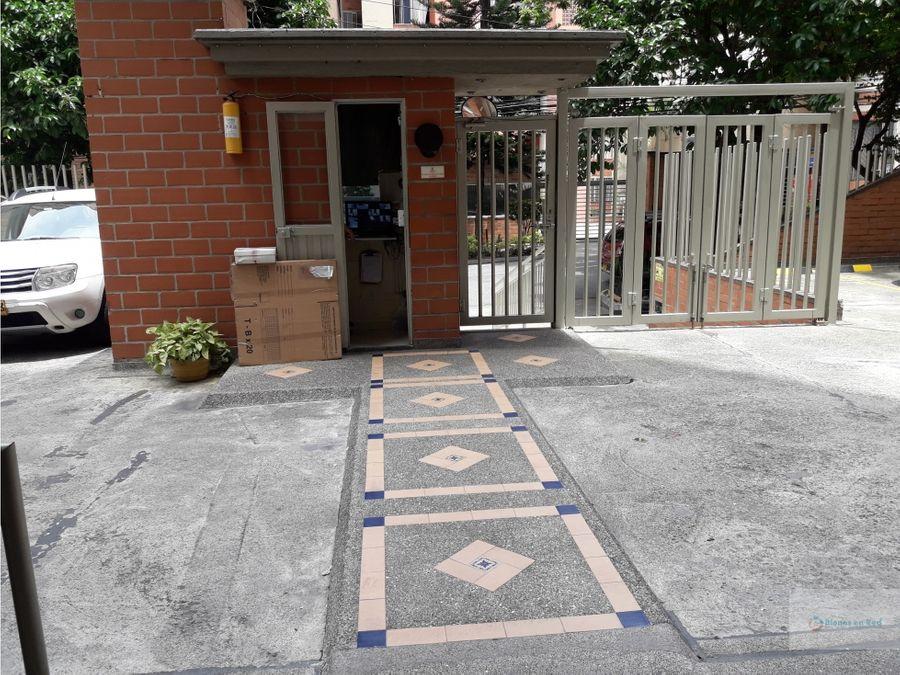 vendo apartamento con parqueadero en boston