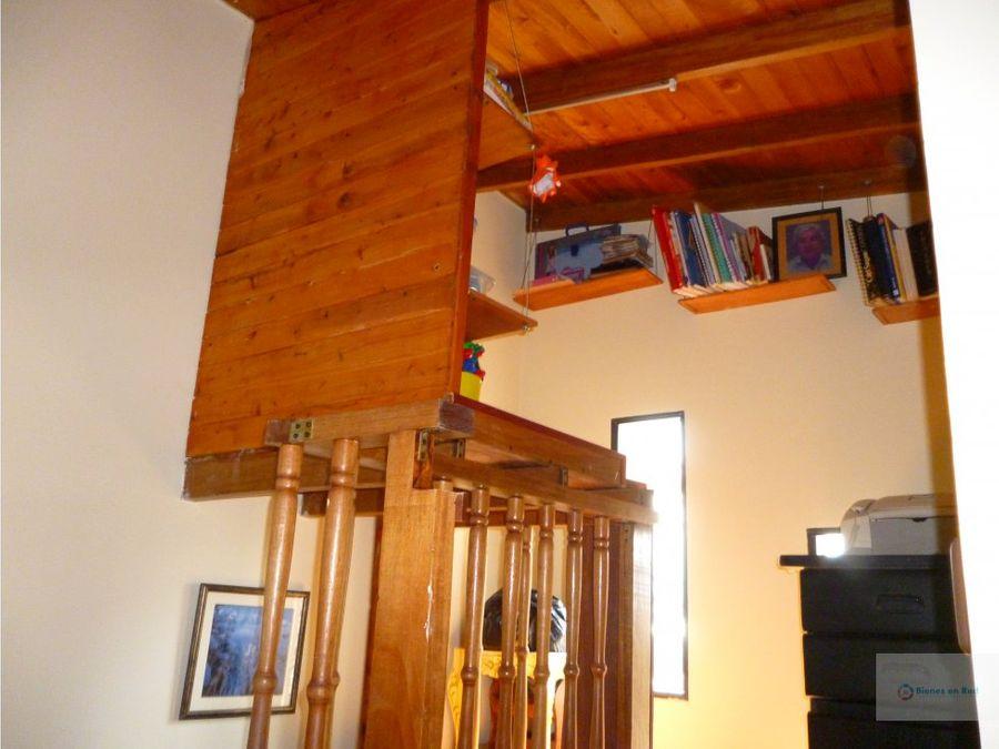 venta casa 3 niveles la nubia medellin antioquia