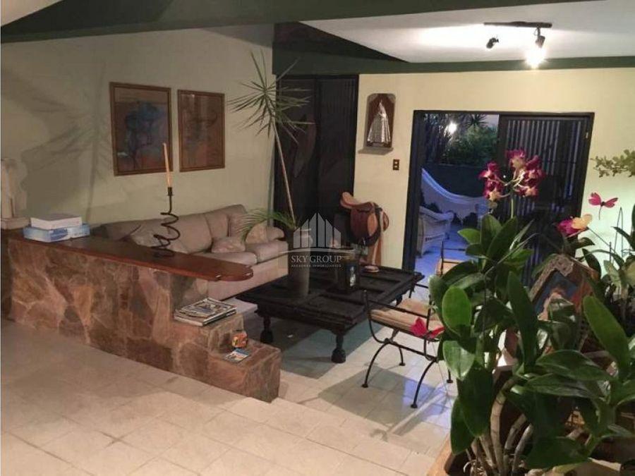 mac 132 casa la trigalena de 2 niveles