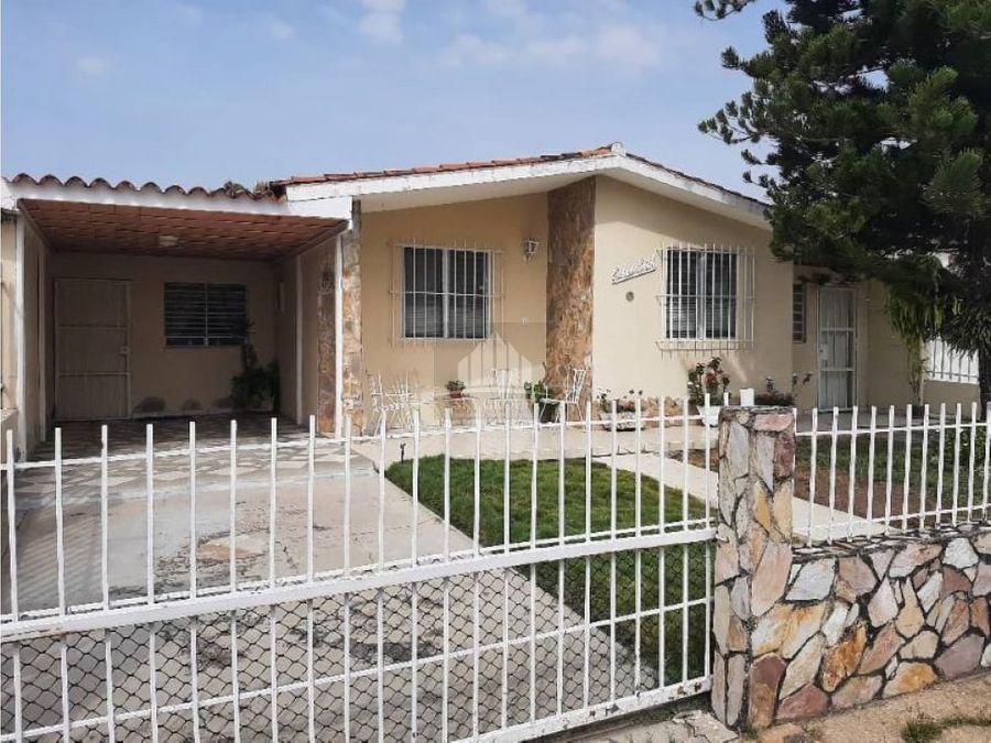 plc 688 casa en ciudad alianza