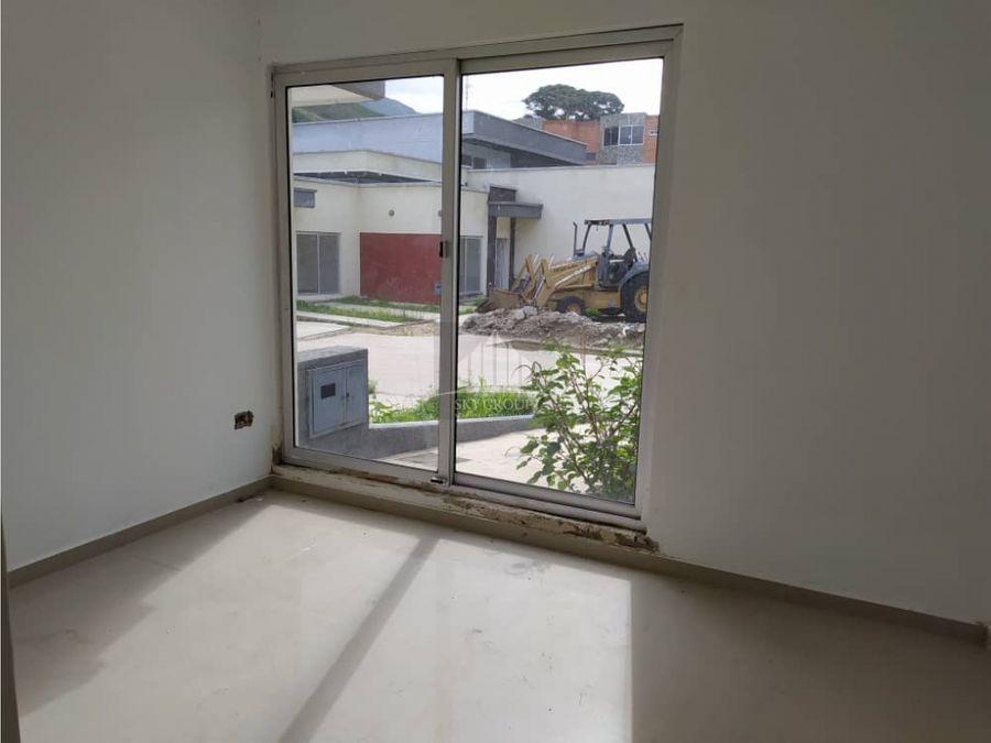 mac 639 casa en vista alegre naguanagua