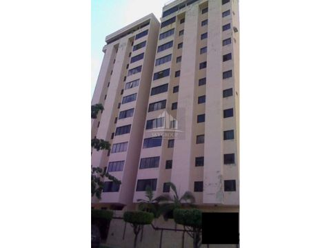 pla 1125 apartamento en zafiro palace valles de camoruco